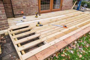 Outdoor-Deck-Construction